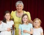 Momo, Luise, Helene mit Lehrerin Christine Büttner