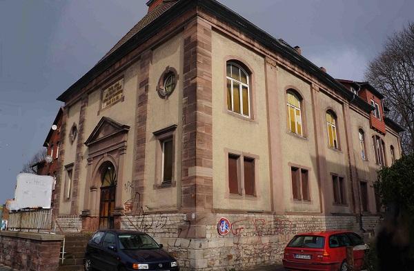 Bürgerstraße 13 - die ehemalige Baptistenkirche mit dem Kirchensaal und den Nebenräumen ist ein hervorragender Ort für kulturelle Veranstaltungen.