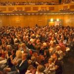 Publikum in der Stadthalle, ©Michael Hoetzel DGPh