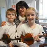 Rasmus, Lara Neßelhut mit Lehrerin Mariana Suciu