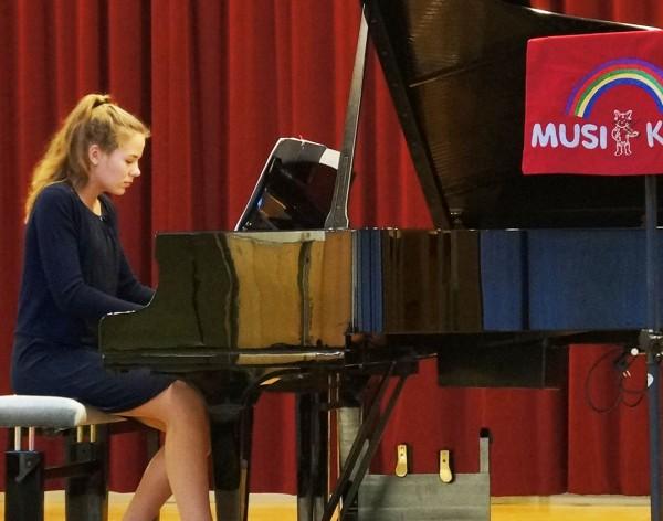 Klavier - Johanna Rump