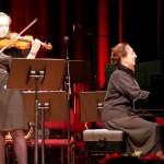 Geige: Rhoda, Klavier: Hedi